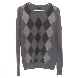 ♥️Bundle&Save♥️ Apt 9 Grey Diamond V-Neck Sweater